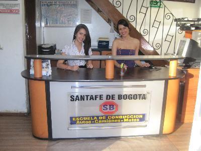 Escuela de Conducción Santafe de Bogotá